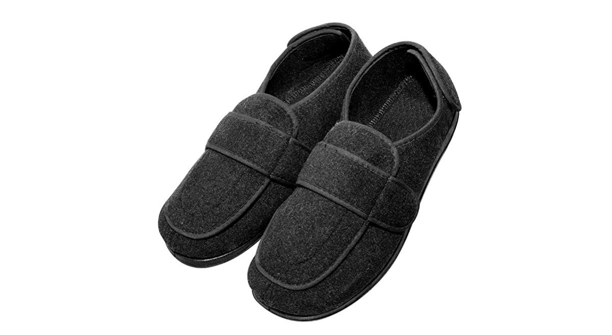 7cf04c2dd41 This next pair of extra wide men s slippers does things a little  differently. There there is an adjustable